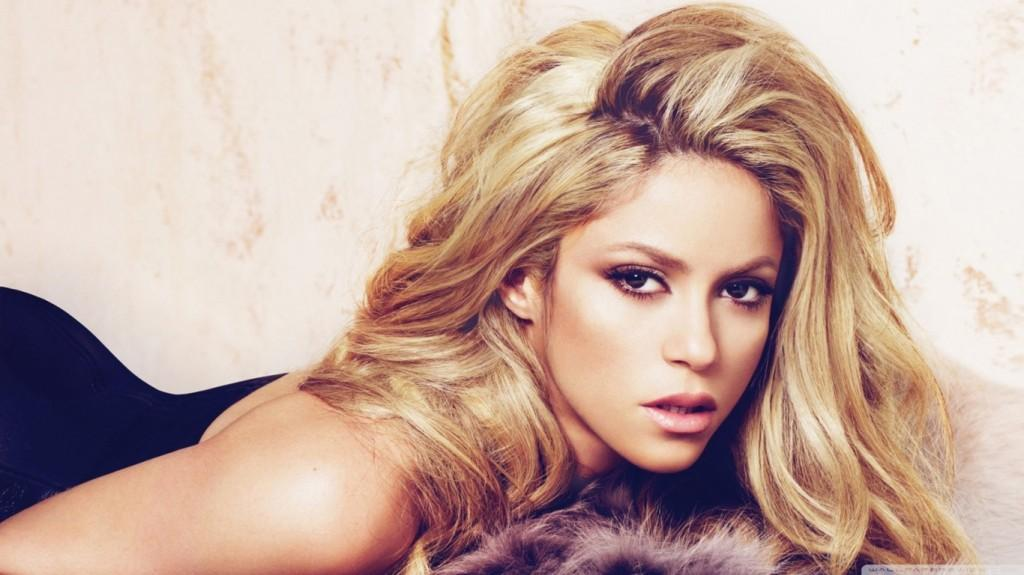 shakira biggest facebook fan base