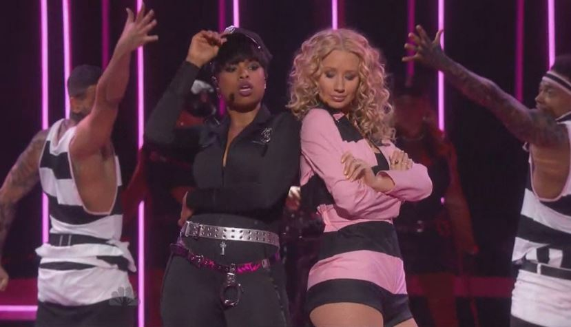 iggy azalea jennifer hudson perform trouble at iheartradio music awards