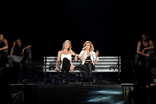 PHILADELPHIA, PA - JUNE 13: Taylor Swift performs onstage with musician Rachel Platten during The 1989 World Tour on June 13, 2015 at Lincoln Financial Field in Philadelphia, Pennsylvania. (Photo by Dimitrios Kambouris/LP5/Getty Images for TAS)