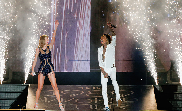 taylor swift wiz khalifa perform see you again in 1989 world tour houstan