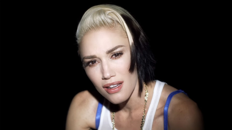 "Gwen Stefani Releases ""Used To Love You"" Music Video - Just Random ..."