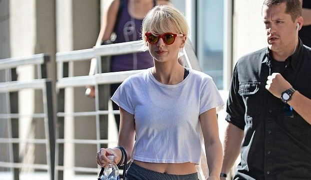 taylor swift belly button gym new york
